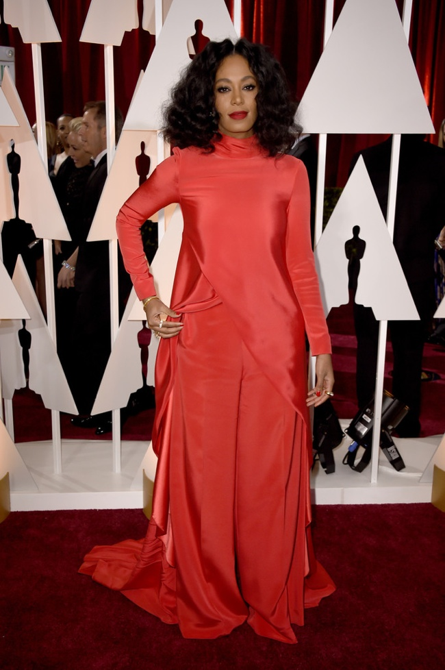 solange-knowles-christian-siriano-red-dress-oscars