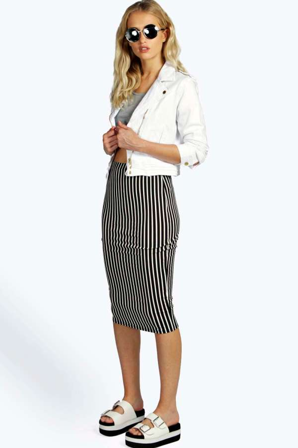 boohoo black and white striped skirt