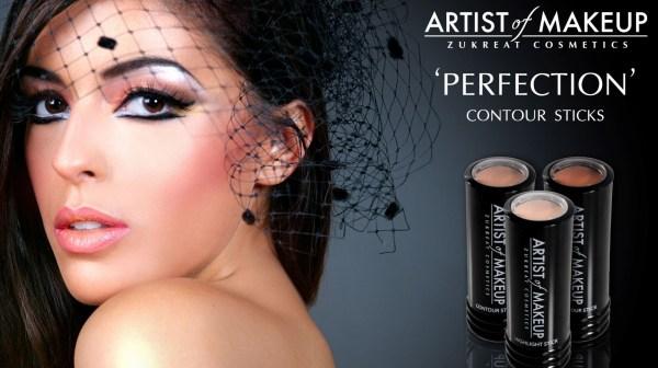 Artist of makeup contouring sticks
