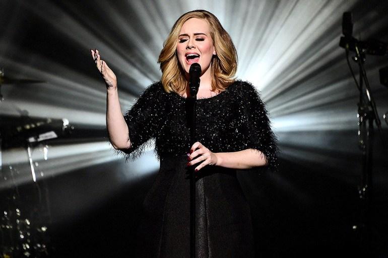 Adele at 2016 Grammys
