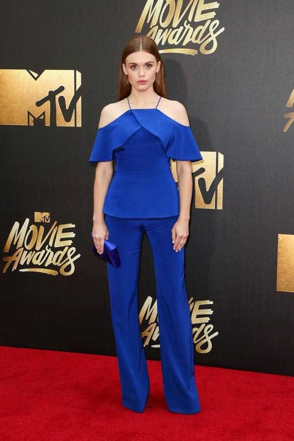 holland_roden_2016_mtv_movie_awards_in_california_getty_gallery_03__large