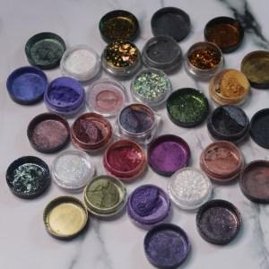 Voi folositi pigmenti in machiajele voastre?