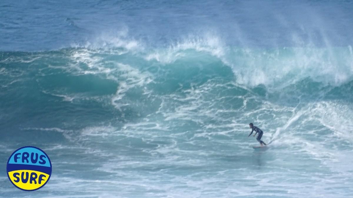 Olas y surf en Meñakoz. Domingo 31 de Marzo 2019
