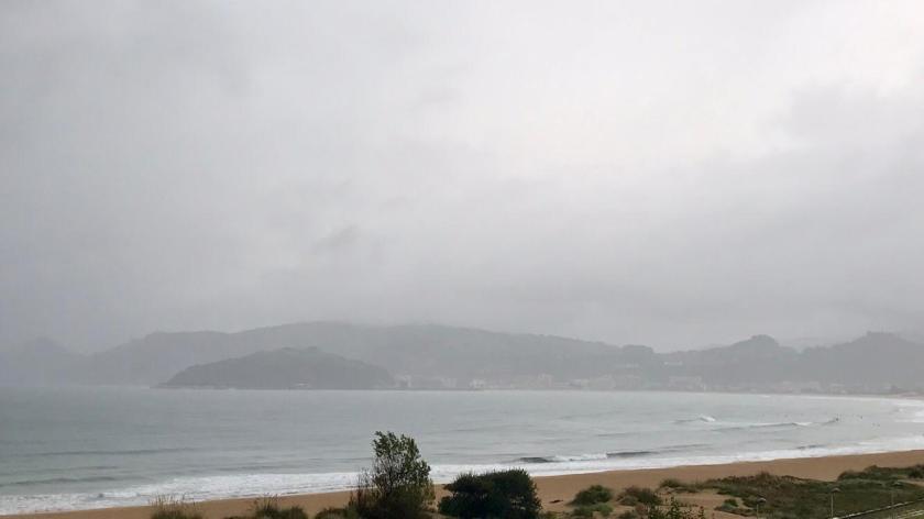 Foto de la playa de laredo hoy domingo 20 de octubre 2019