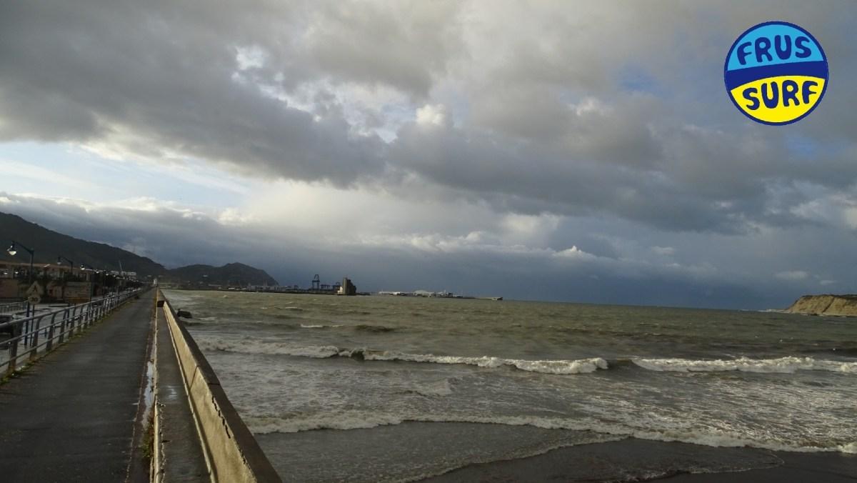 🏄♀️ La playa de Ereaga en Getxo esta tarde