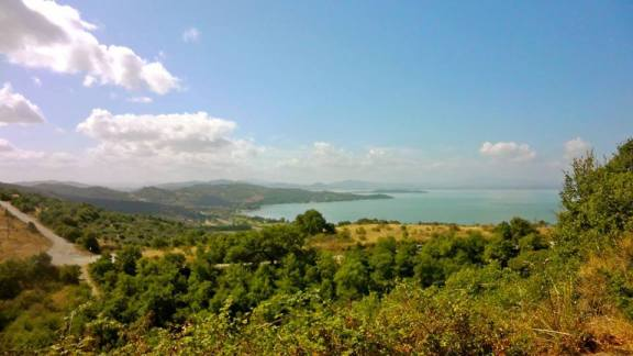 Vista del lago Trasimeno dalla locanda del Galluzzo