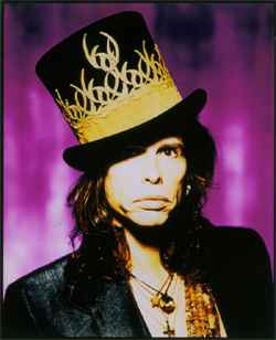 steven-tyler-hat-250-photo-by-f_scott_schaffer