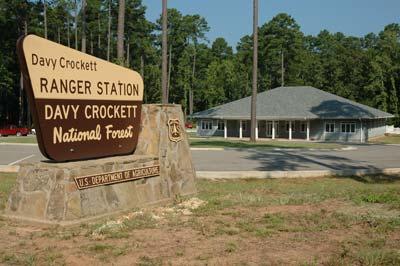 Davy Crockett portal sign.