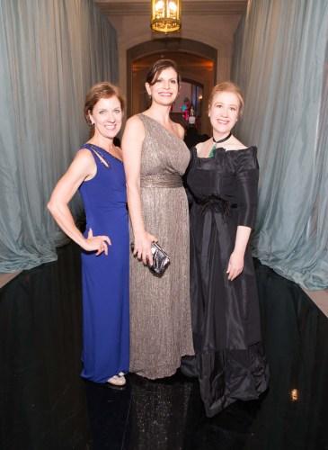 Lee Gregory, Paula Elmore, Carol Benz