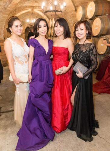 Angelina Tran, Angie Elconin, Queenie Tran, Thuy Pham