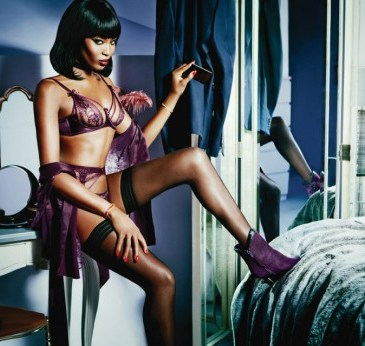 Agent-Provocateur-SpringSummer-2015-Campaign-Starring-Naomi-Campbell-5-520x346