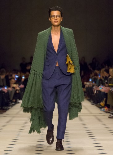 Burberry Prorsum Menswear Autumn_Winter 2015 Collection - Look 1