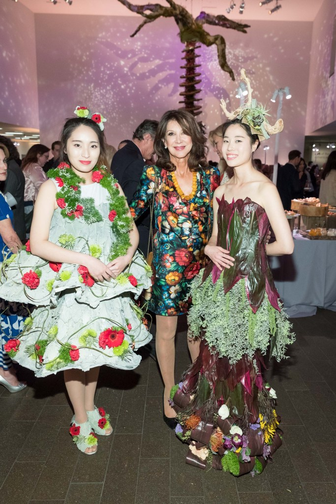 Bouquets to Art 2017 at the de Young Museum