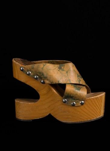 Night Fever - Sabo Wood Platform_Courtesy of Vintage Martini