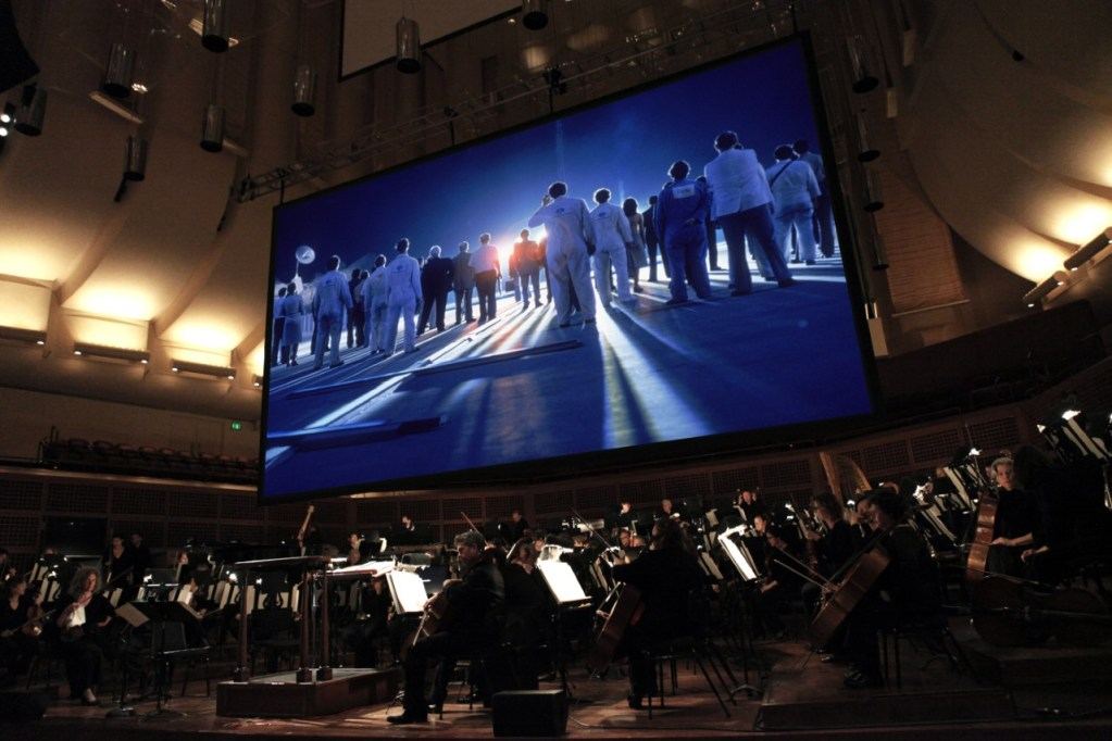 CLOSE ENCOUNTERS WITH SF SYMPHONY