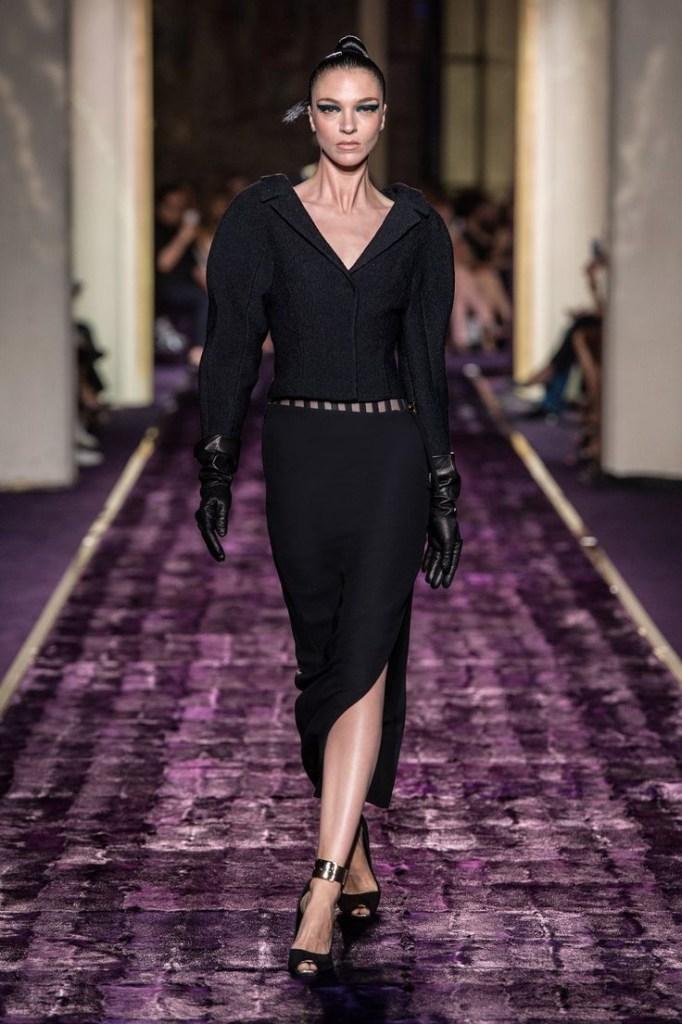Atelier Versace @ Haute Couture Collection Autumn Winter 2014-15