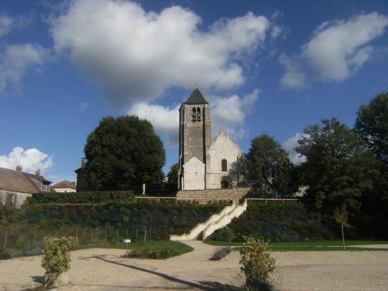 Vue de l'église Saint Martin de Bréthencourt