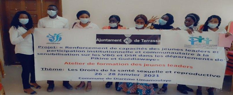 Capacitación sobre derechos sexuales y liderazgo a mujeres jóvenes líderes y autoridades locales de Pikine y Guédiawaye, en Dakar