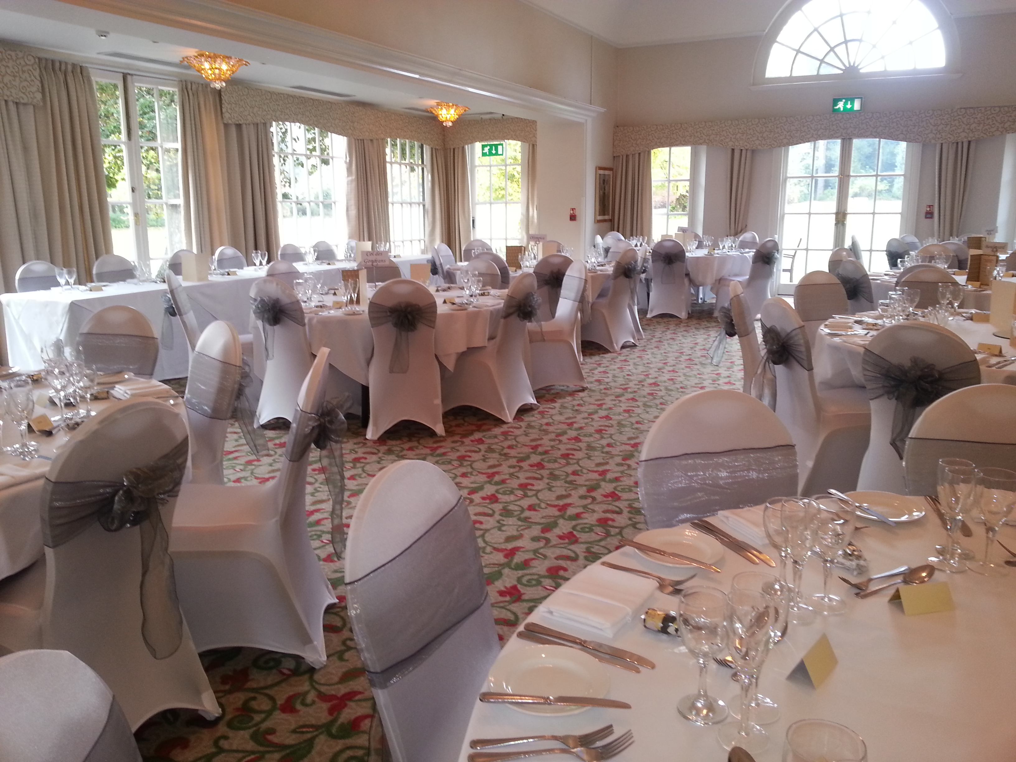 chair covers and sashes hampshire lazy boy office replacement parts finishing touches wedding event accessory hire