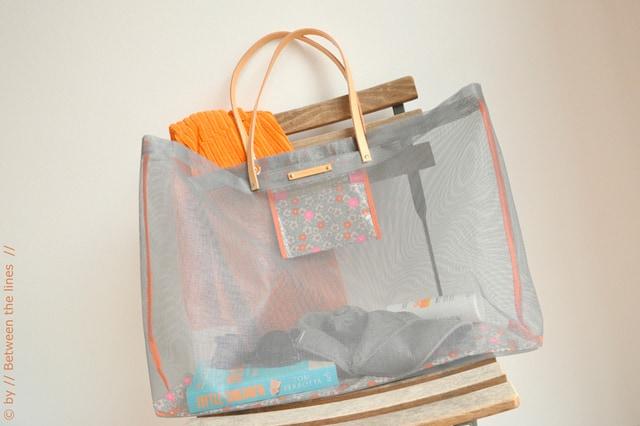 Τσάντα από σίτα για την παραλία