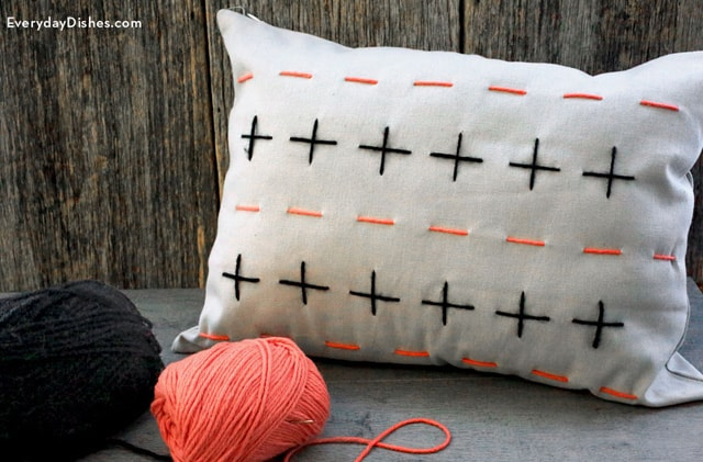 stitched_pillow_cover_main