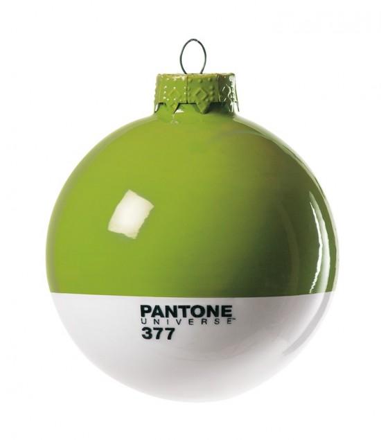 Pantone Xmas ball 377