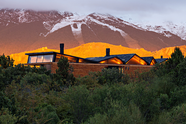 Mountain House By Alric Galindez Arquitectos Fubiz Media
