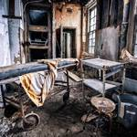 Striking Pictures of Abandoned Asylums in the US-6