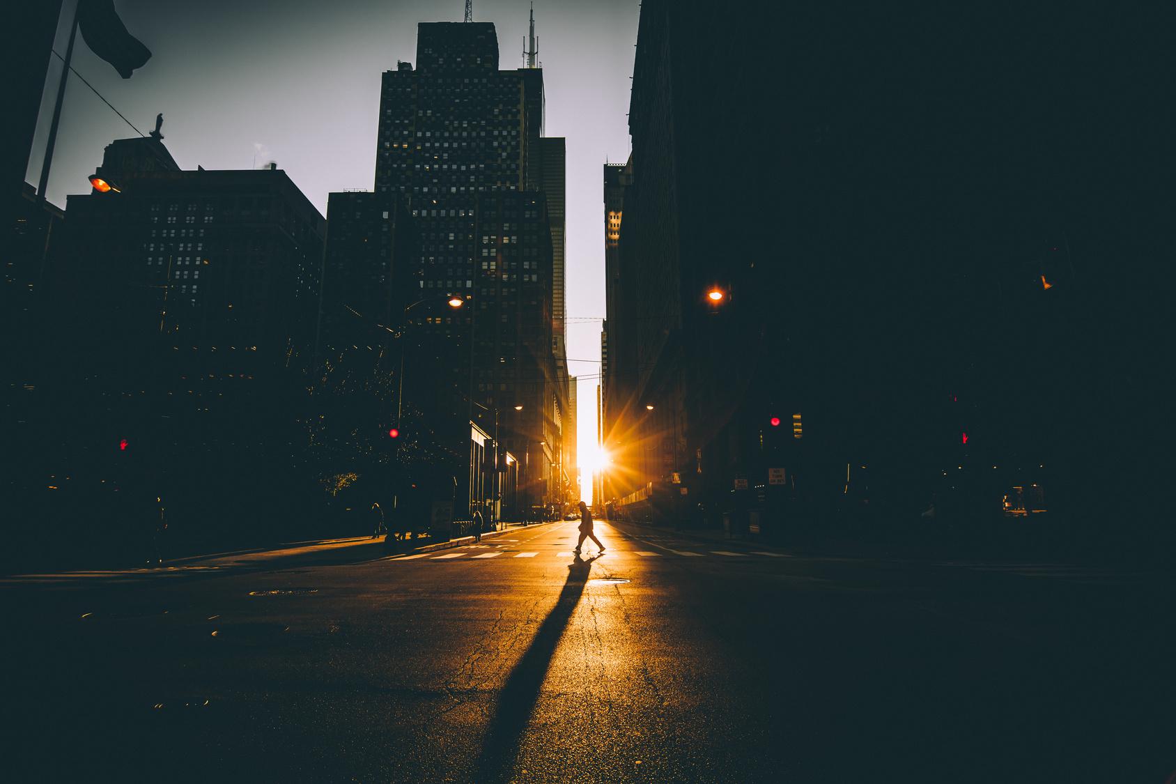 Streets Between Lights Amp Shadows Fubiz Media