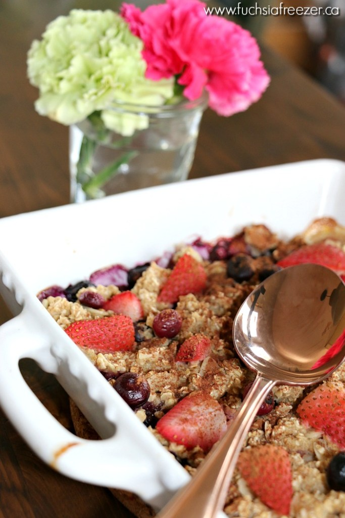 baked-berry-banana-oatmeal-1