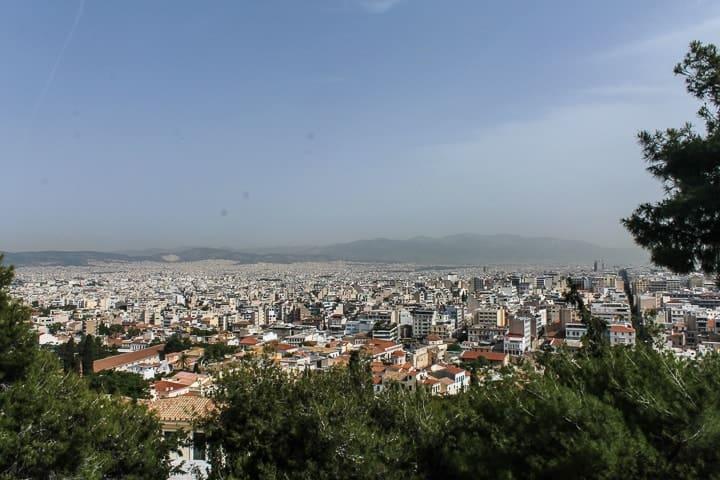 Vista de Atenas desde o templo de Atenas Nikè - conhecendo a incrível Acrópole de Atenas, Grécia