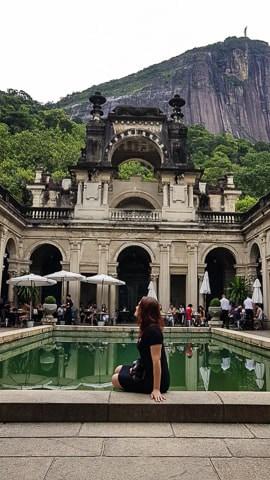 Interior do Palacete e vista para o Cristo Redentor, Parque Lage, Rio de Janeiro