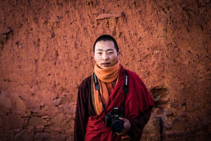 "Tashilunpo Monastery, Tibet Fuji X-E2 . Fuji XF18-55mm . 31,5mm . f/3.6 . 1/200"" . ISO 200"