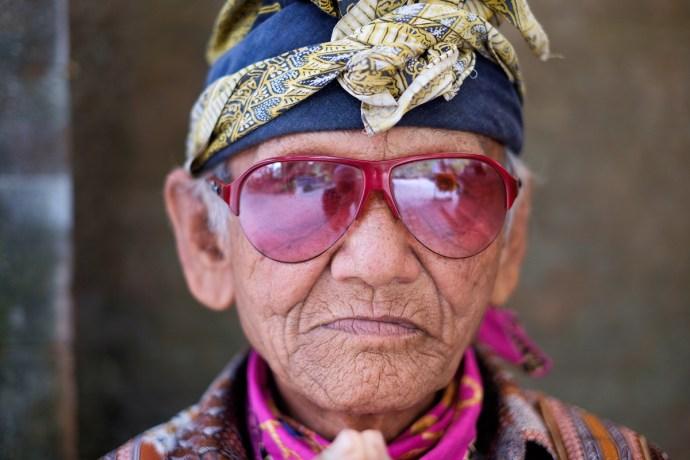Portrait of an Indonesian man, Bali – X-T1 + XF35mm f1.4