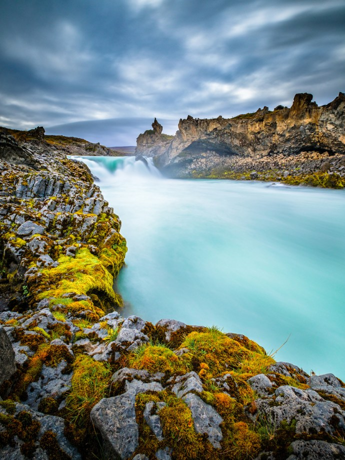 Góðafoss - one of the stream downwards, 10mm F11 30s iso200 - ND filter