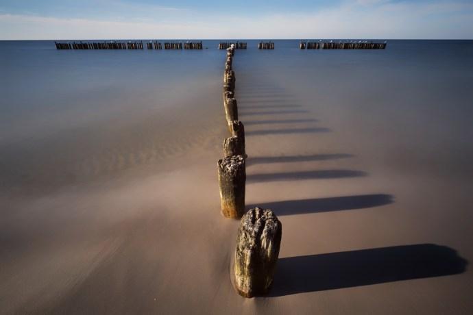 T – wooden breakwater at Niechorze beach, PL Fuji XPro-2, XF 10-20, 30s, f16, ISO 100, Hitech ND10 + ND 0,9 Soft