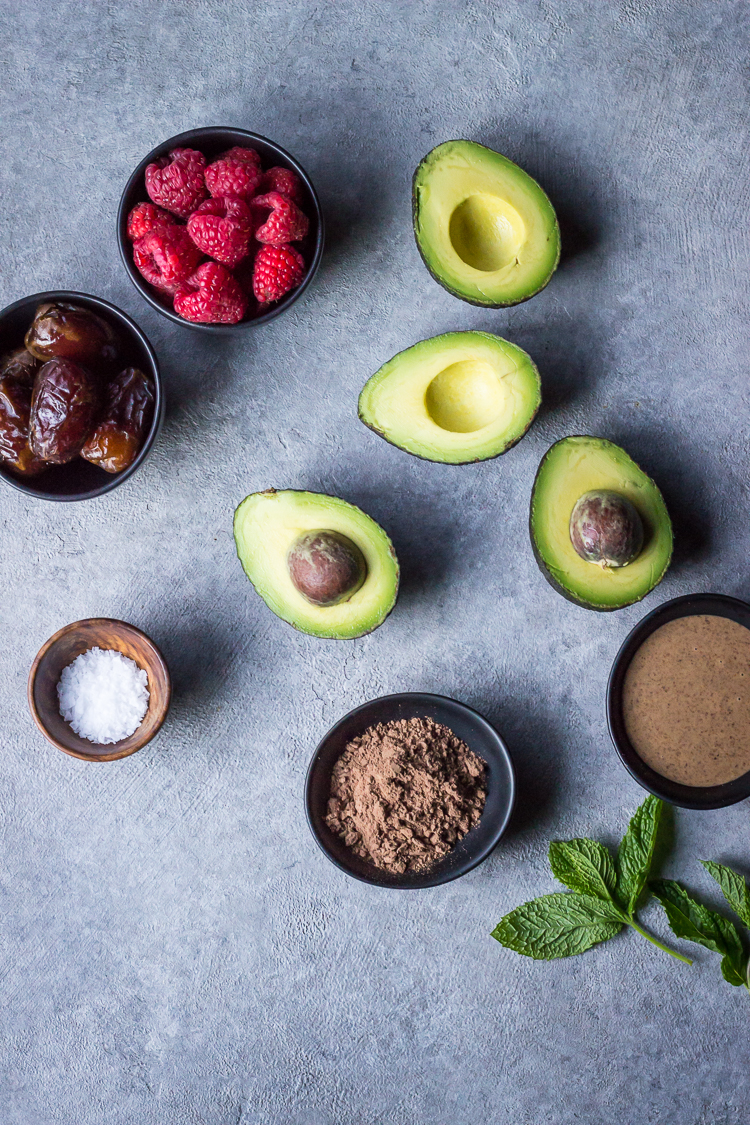 CHOCOLATE AVOCADO MOUSSE - ful-filled