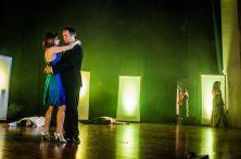 33_Marianne Blum singt Goldfinger Bond tanzt mit seinem Girl bis die Polizei kommt
