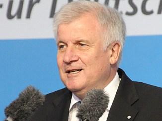 CSU-Chef Horst Seehofer - Bild: Norbert Hettler