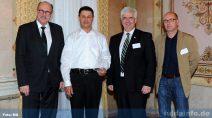 Von links: Hessischer Minister für Soziales und Integration Stefan Grüttner, Ahmet Yilmaz, Bürgermeister Timo Zentgraf und Mehrgenerationenbeauftragter Thorsten Herchenhein