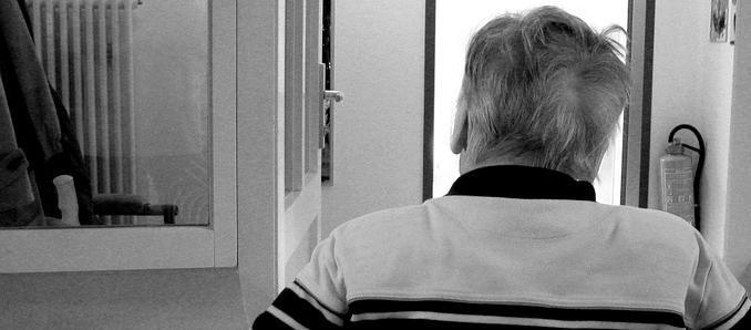 Jeder dritte Pflegeheimbewohner braucht Geld vom Staat