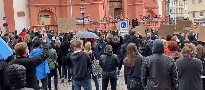 """JU Fulda: """"Maskenpflicht und Abstandsvorgaben auch auf Demo einhalten"""""""