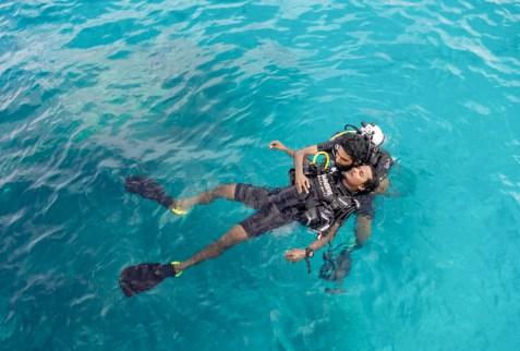 padi rescue diver course maldives