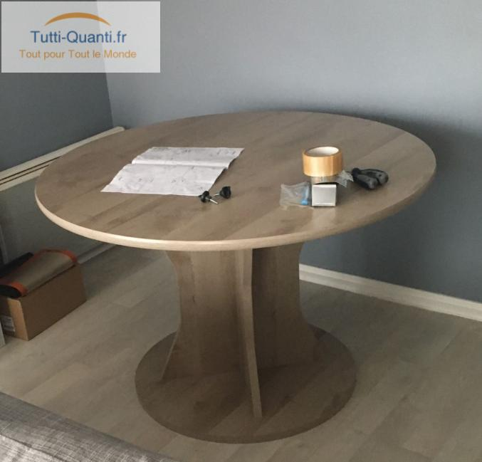 mobilier meuble table ronde but palace
