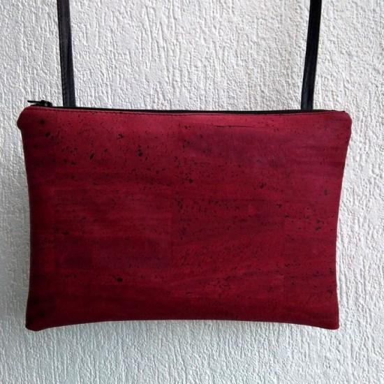 pochette cuir vegetal rouge grenat