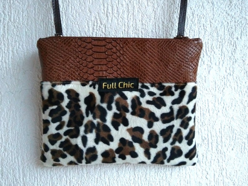 pochette leopard marron