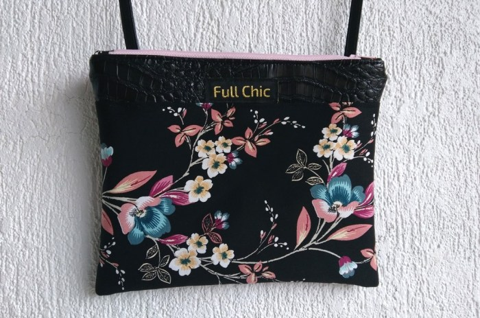 pochette noir fleurs