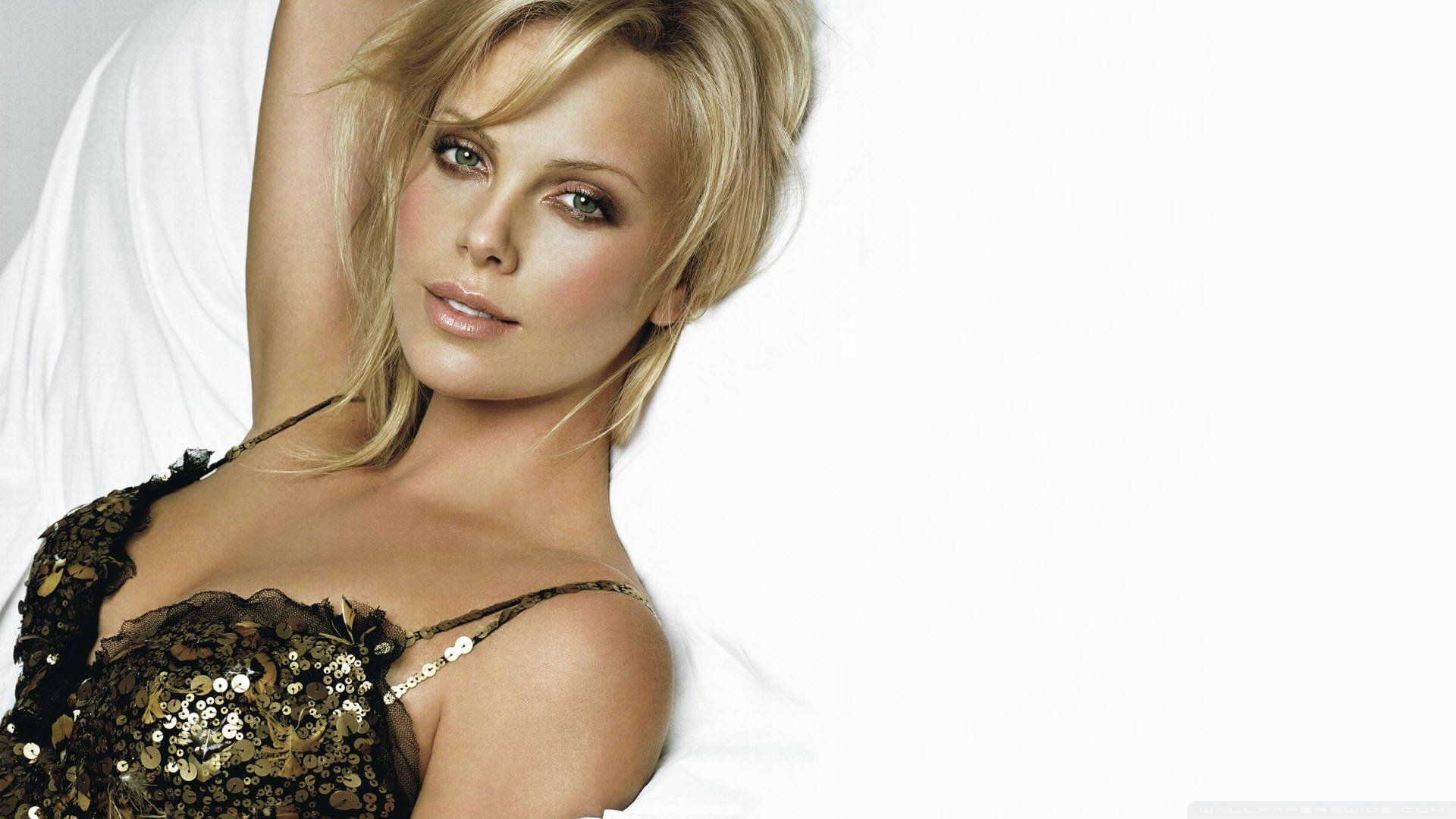 4k Wallpaper Girl Pussey 25 Charlize Theron Latest Full Hd Wallpapers And