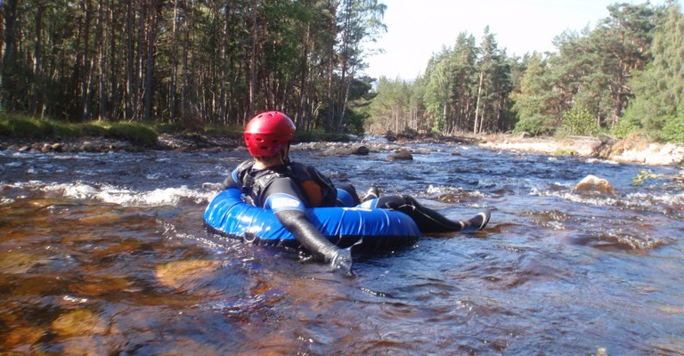 fun-river-tubing