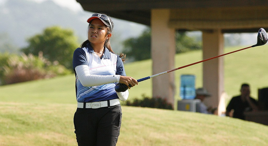 Thirteen-year-old Sofia Chabon leads the ICTSI Splendido Ladies Invitational at Splendido Taal Golf Club by one after the first round.